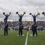 Happy Homecoming, Bobcats! I love seeing the sea of blue and gold filling the stadium! #MontanaState #GoCatsGo https://t.co/x2Ny7tyu4e