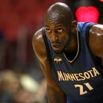 Kevin Garnett anuncia su retiro después de 21 temporadas en la NBA https://t.co/dlaRBKldt0 https://t.co/I100fyYdOn