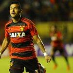 No jogo 600 de Magrão, #Sport vence o Santos na Ilha do Retiro e respira aliviado na Série A https://t.co/1NY03lQULU https://t.co/LsvgHbIseJ