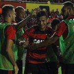 Sport vence Santos e completa festa dos 600 jogos de Magrão - https://t.co/IlpmLDh5Ao https://t.co/wiXGQ5lmjW