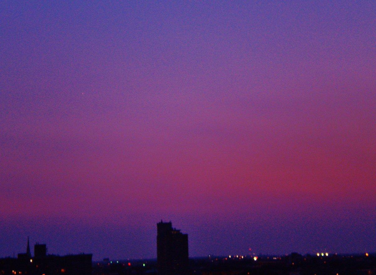 blue, red, burgundy, violet indigo are the colors tonight. #Chicago #sunset https://t.co/quEccKjMgq