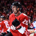 Canada heads to World Cup of Hockey final after defeating Russia 5-3 https://t.co/IvjP2vHPUn https://t.co/BZsnqeykSS
