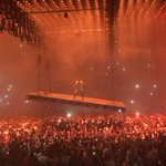 Aaand now were watching @kanyewest fly over @BrdgstoneArena. Praise Yeezus. https://t.co/IhF98bBAPH