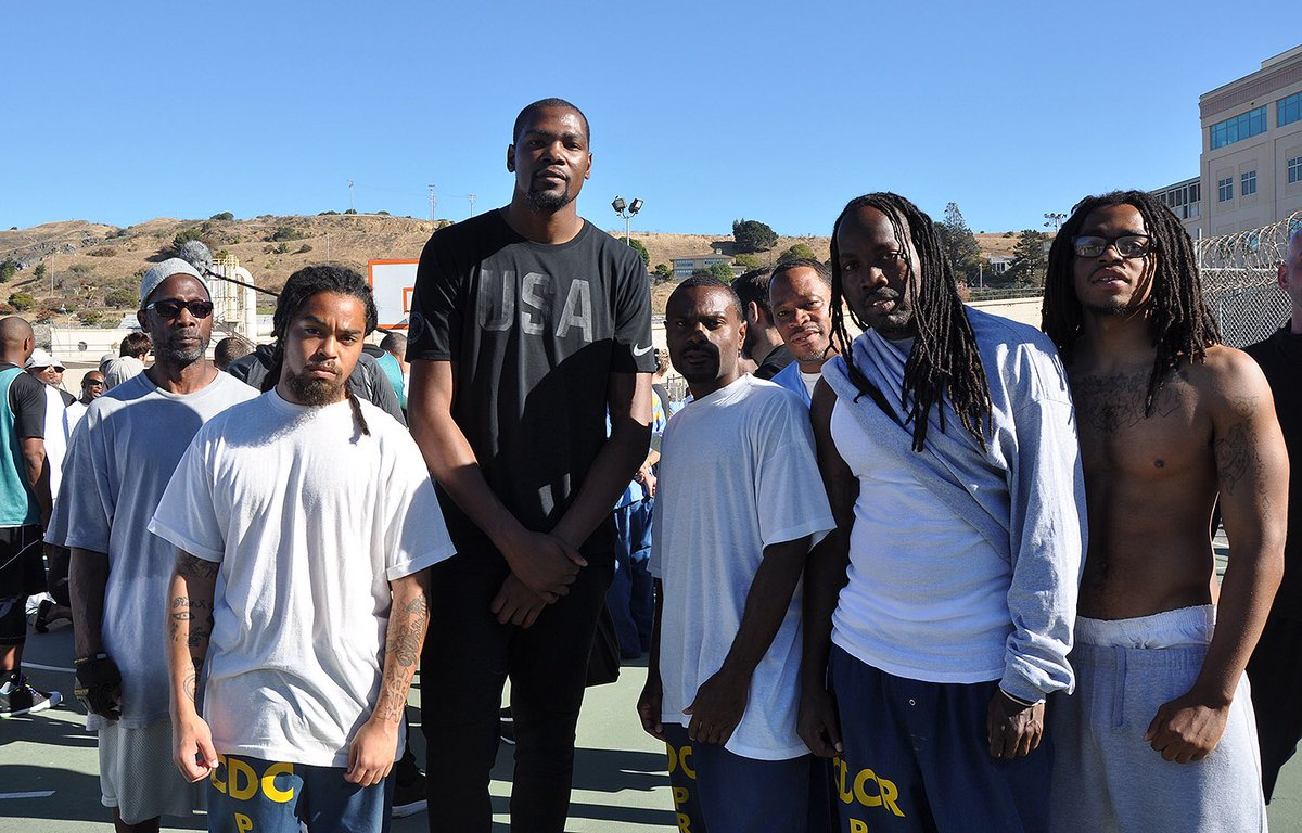 KD at San Quentin today via @warriors https://t.co/8Zugs7cdbG