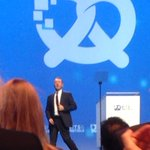 """Live from #bits16 """"elevate companies...its the story that sells"""" @KevinSpacey @bitsandpretzels https://t.co/s9E6V4vIKc"""
