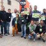 📷 Uno de los equipos de @vox_alava que recorrerá los colegios electorales de Vitoria #PorÁlavaPorEspaña https://t.co/25IWKy7uim