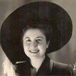 سعاد أرشد العمري أمين عاصمة بغداد/الخمسينيات احدى بنات بغداد الحبيبة احدى زهور العراق التي خدمته بكل تفاني واخلاص #baghdad_salam #IRAQesque https://t.co/yQn37h0f7i