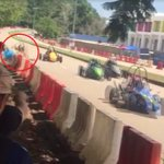 #AWANInews [VIDEO] Visual rempuhan Go-Kart di Kuantan, dua beranak menemui ajal https://t.co/zKJlncwwya https://t.co/ycTbIupbs4
