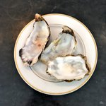 Delicious #oysters at @chabrolto #Toronto fr @SeacoreSeafood cc @belleisabelle https://t.co/1U3Rdsk1NE