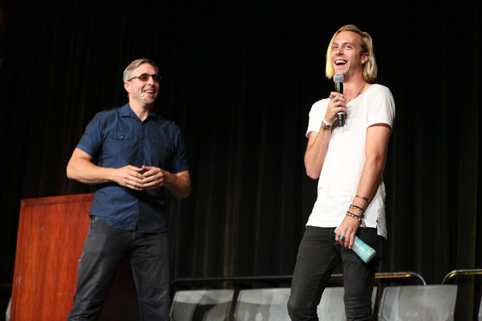 Had a great time with @rikerR5 on stage at #bpcon2016 yesterday! https://t.co/7X5e9XrX0Y