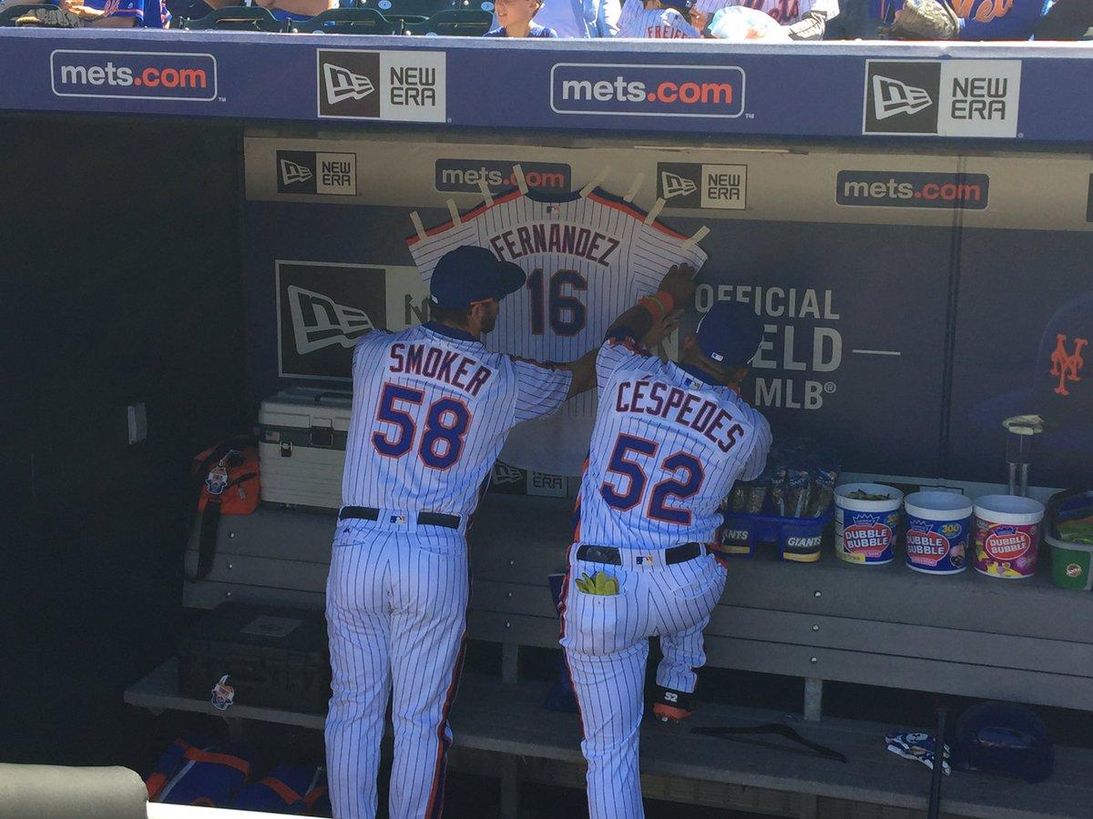 Smoker and Cespedes hang a Jose Fernandez @Mets jersey in the dugout (via @MattDunnSNY) https://t.co/vLNjAxj2Om