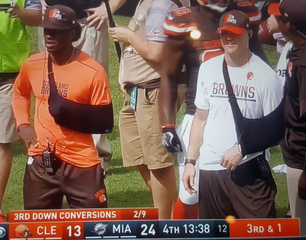 That about sums it up...wow. #Browns https://t.co/G3CygA1Nkj
