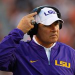 BREAKING: LSU fires head coach Les Miles after 2-2 start; OC Cam Cameron relieved of duties as well (via multiple reports) https://t.co/aV85rQgXFP