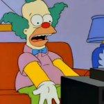 Así imagino a los hinchas de Quilmes frente a la TV viendo como juega Centurión. ¡¡SOLO ESTÁ GIRANDO EL BALÓN!! https://t.co/VQwcgpmNul