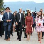 Video: Prime Minister @JustinTrudeau, wife Sophie join Royal couple for hovercraft ride https://t.co/Td6m46NAzT https://t.co/2eBrhHJahn