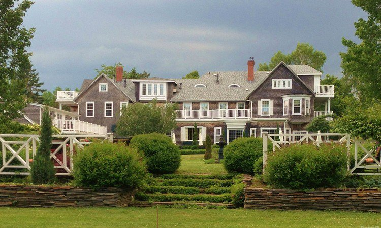 More million dollar homes for sale in new brunswick for Million dollar cabins for sale