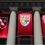 Vírgenes y con iPhones: así son los nuevos estudiantes de la Universidad de Harvard, EE.UU. https://t.co/J2ECItOmr4 https://t.co/1J75rPIveT