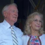 VIDEO: Vin Scully sends off Dodgers fans with heartfelt song. https://t.co/iGB8vhpuRm https://t.co/Hlki9LF3JV