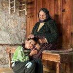 لا توجد في الحياة وسادة أنعم وأحن من حضن الأم ! https://t.co/PfHwSIjMR1