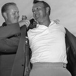 """""""Forever the King"""" Golfers, media & fans pay their respects to Arnold Palmer: https://t.co/noNKozwK6P https://t.co/14S3nQlGJj"""
