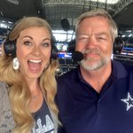 Halftime is upon us, Cowboys looking strong in the first half!! #CowboysNation #CHIvsDAL 💪🏻 https://t.co/NxeHUQEzUh
