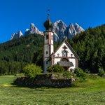 #RightNow St Johann Church, Santa Maddalena, Dolomites by EuropeTrotter #photo https://t.co/bCNUMQnlKk