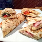 #mondaymotivation Italian panini + soft drink, £8.95 or pizza + soft drink £10.95 Mon-Thurs 12-3 (add a 🍺 for £1) https://t.co/nAklRB7sk2