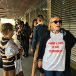 Profesori oblače majice. Kazu da nisu teroristi. 😄 https://t.co/DVpXhPlUmk