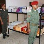 مركز تدريب الجيش الليبي المكان: الأبيار - شرقي ليبيا *للي يقولوا مافيش جيش* المنظر حيؤلمكم. https://t.co/Kdaj4awiwt
