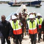 #Habari:Rais Dkt John Pombe Magufuli afanya ziara bandari ya Dar es Salaam.-> Soma zaidi https://t.co/r2PUqnvuwJ https://t.co/ecz8yQn8dg