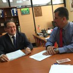 Seremi @dsocial_VIII reunido con representantes de comunidad peruana en Concepción https://t.co/zQCDeit7J6