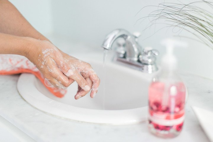 How the FDA ban on triclosan in soaps affects your family: https://t.co/r9OSZtgNdE https://t.co/qc7zpVkr0V