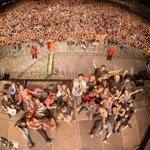 La foto dels valents/es!!! Gràcies #Barcelona! + de 65.000 persones!! #Mercè16 RT si vas venir! https://t.co/bADX8kDIfr