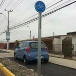 Mal estacionados en la ciclovía de Cisternas #LaSerena https://t.co/PEwzjTQqXj https://t.co/3tCmrgXS3g