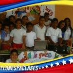 #10MillonesPaClases Existen en Venezuela una Revolución Educativa que duplicó la matricula estudiantil https://t.co/Hb4MhVTErl