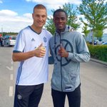 Nice meeting with the great Nemanja Vidic. 👍🏾 #Legend https://t.co/X4Q5SvaNwr