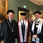 Sterrenkundige Bernhard Brandl benoemd in @UniLeiden en @tudelft . Twee blije rectoren dus bij de oratie: https://t.co/zPr2AcKsoO
