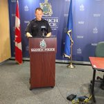Saanich PD briefing media on child abduction case. Kaydance Etchells abducted by mother Lauren Etchells @CHEK_News #yyj @SaanichPolice https://t.co/5nDpSrqHWk