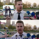 The Captain @StephenAmell selection for #MemeMonday 😁🙌 so awesome 😊❤️ #Arrow #Olicity 💚🎯💚🎯 https://t.co/Z7xLE3VW6F https://t.co/oW3hsRahRc