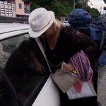 Una donna che non deve chiedere mai: @TinaCip0llari #pechinoexpress https://t.co/ZmzQgaUFf4