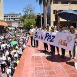 Así marcha Neiva en apoyo a la Paz.  #SiALaPaz #AdiosALaGuerra https://t.co/k04r68kNvm