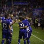 El Alavés se estrena en Mendizorroza (3-1). Crónica del Alavés-Granada de @capaigualada https://t.co/xmJ81Rp8iC https://t.co/Nus4S0tmTp