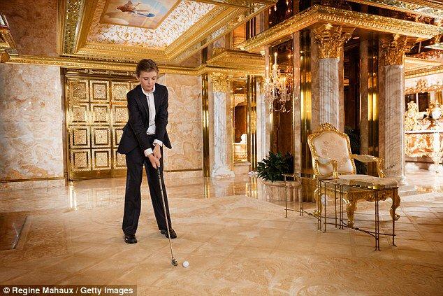 """""""I have a son. He's ten years old. He lives in a gold room."""" Donald Trump #debatenight https://t.co/eTLWxamxug"""
