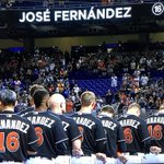The Marlins are donning #16 tonight in honor of their fallen teammate, Jose Fernandez. This is awesome ⚾️😢❤️ https://t.co/fFZzbFeWyh