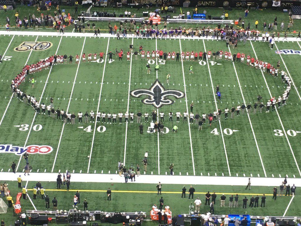 Falcons and Saints joining hands after the anthem. https://t.co/VMK9gLZR0V