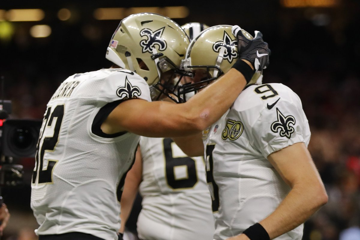 At The End Of 1st Quarter Game Is Tied 7 Mnf Atlvsno