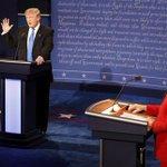 トランプ氏:クリントン氏はTPPを承認するだろう #米大統領選 #TV討論会 ライブ中継はこちら ⇒ https://t.co/wAsYSgvnLm https://t.co/YoN3Ysx2zC
