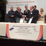 @AdpPonti en mr Choi ondertekenen samenwerking mbt PTC+ @gemeenteHadM https://t.co/EXPAaPyRcX