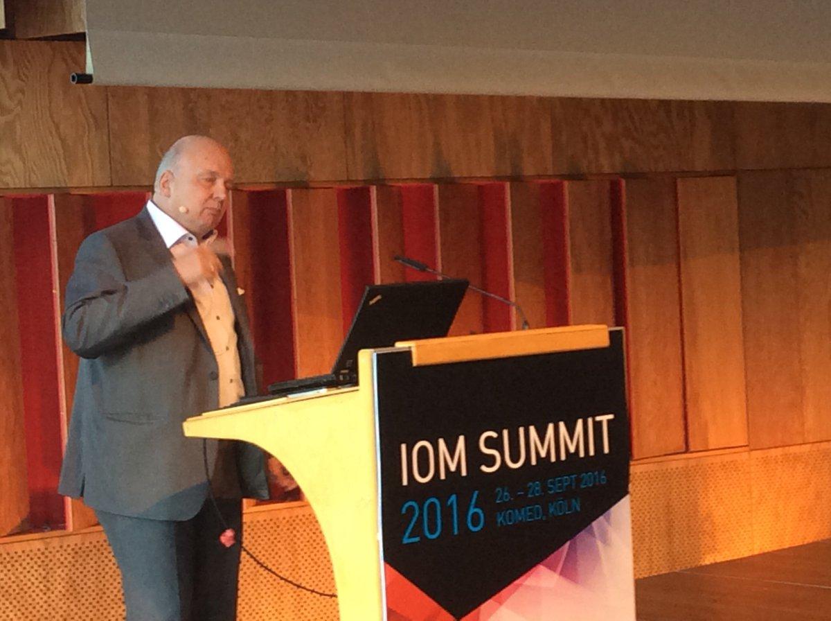 IBMSocialBizDE (@IBMSocialBizDE): Informationsflut, Big Data ...