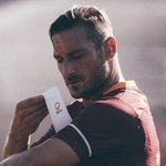 Happy 40th birthday to Francesco Totti. - 740 Games - 300 Goals - 117 Assists - 1 King of Rome 🙌🏼 https://t.co/eR9qg51GjV